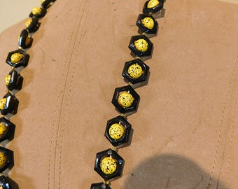 Vintage atomic black and yellow  hexagon flying saucer bead necklace