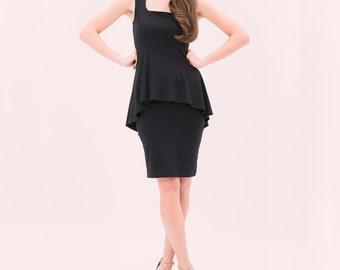 Claudia Peplum robe - genou longueur robe de Cocktail - petite robe - robe formelle semi - graduation robe - audrey noire robe hepburn