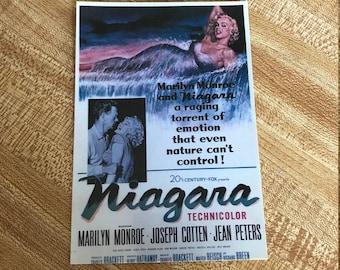 "Vintage Marilyn Monroe 4"" X 6"" Postcard"