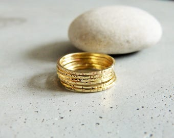 Set of 6 stackable rings thin brass shiny and hammered, stackable gold rings