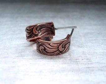 Copper Hoop Earrings - Huggie hoops - Copper Jewellery - Everyday earrings - Boho Earrings - 7th anniversary gift for her - Copper earrings