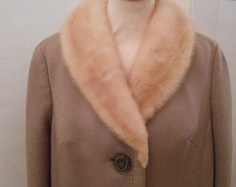 60s vintage warm thick wool coat mink collar Beige