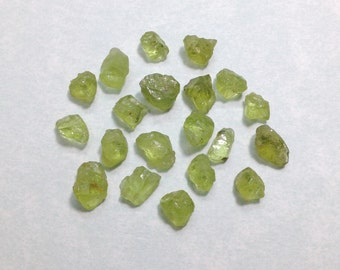 5 grams Small rough peridot, raw green peridot gemstone lot size 4-6 mm