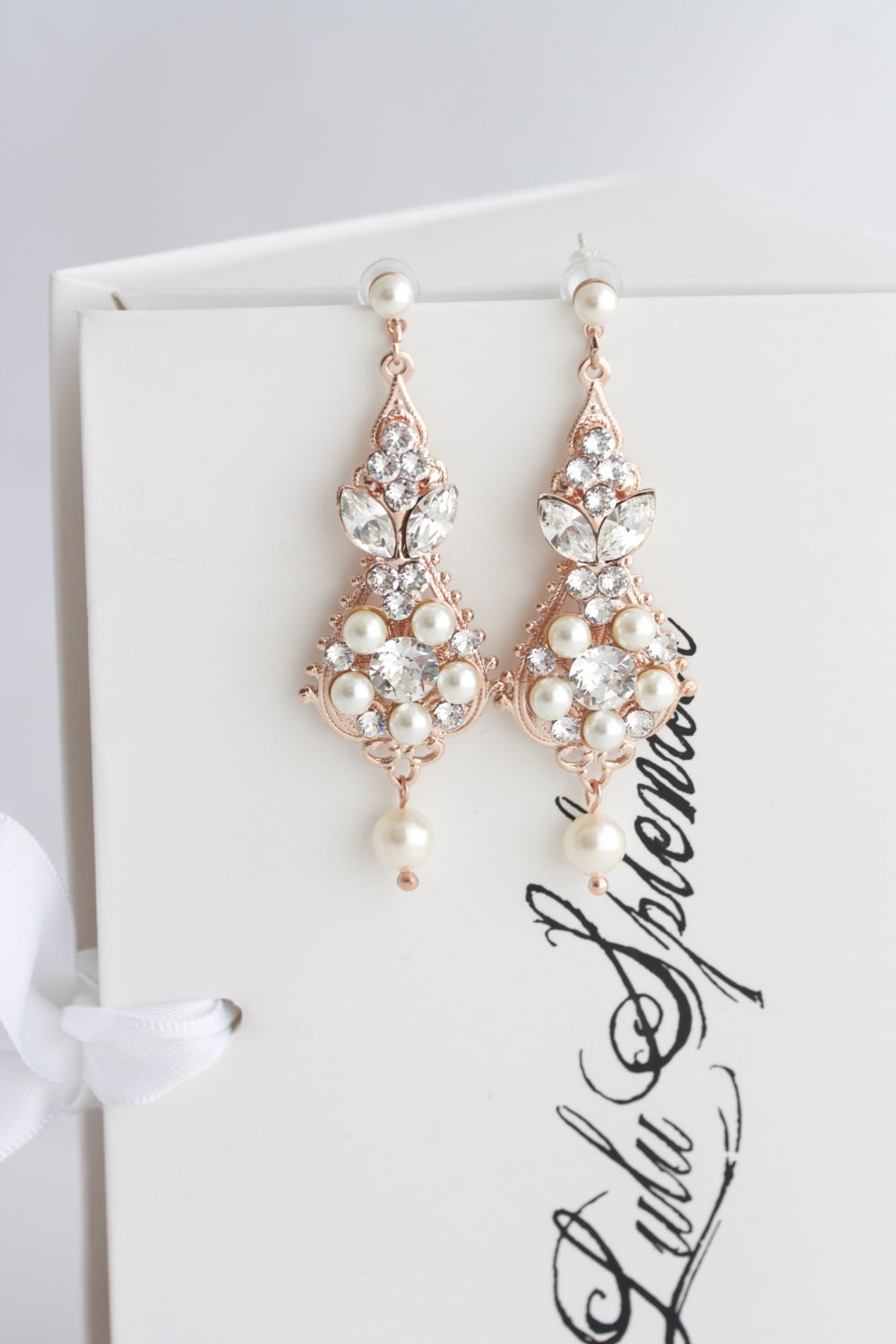 Rose gold bridal earrings chandelier earrings vintage wedding zoom arubaitofo Image collections