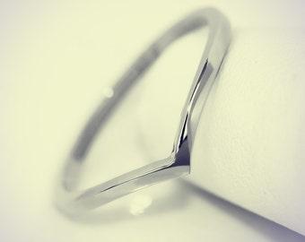 14K White Gold Chevron Midi Fashion Ring/ Midi Ring/ Knuckle Ring/ Stacking Ring/ Upper Finger Ring/ Gift for her