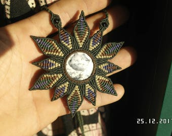 Dendritic Agate/opal/Merlinite macrame flower necklace
