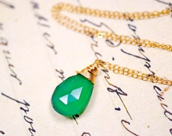 Emerald Green Gemstone Necklace, 14k Gold Filled Chain, Green Onyx Wire Wrapped Gemstone, Delicate Jewelry, May Birthstone
