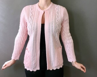 50s Scallops and Kisses Cardigan - 1950s 1960s Vintage Light Pink Cardigan - Pink Knit Sweater w Double Pockets - Scalloped Hem - Braid