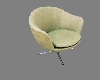 Vintage Mid-Century Overman Swivel Pedestal Pod Chair