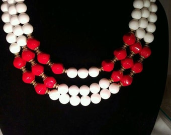 Vintage Red and White Necklace With Matching Clip on Earrings Jewelry Set