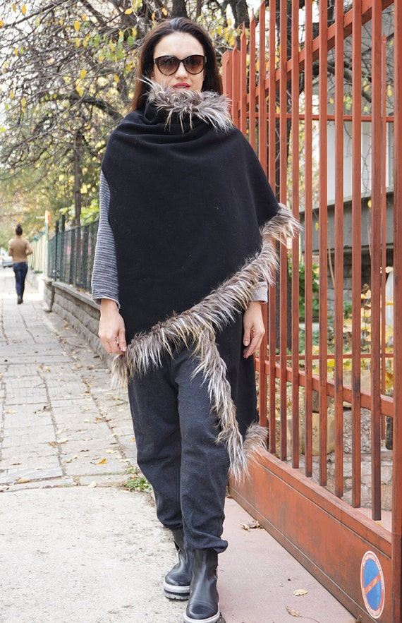 New Winter Black Cashmere Wool Poncho / Extravagant Eco Fur Leather Lined Oversized Coat Vest