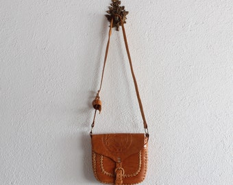 1970s Vintage Tooled Leather Horse Purse/ 70s Tooled Leather Purses/ 70s Leather Purses/ 70s Western Purses/ 70s Leather Crossbody Purses