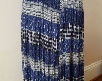 Vintage Blue High Waist W/ Floral and Print Midi Maxi Full Skirt