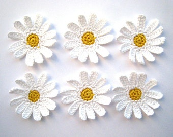 Crochet daisies applique - crochet flowers applique - white flowers embellishments - wedding decorations - kids party decor - set of 6