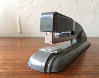 Vintage 1950s Swingline 27 stapler