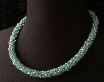 Glass - Turquoise beads necklace