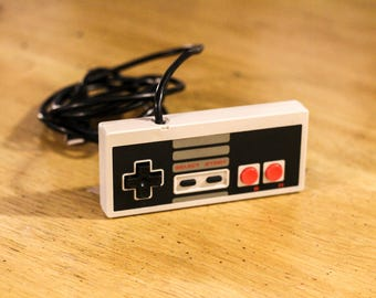 Retro NES Controller USB 3.0 Flash Drive