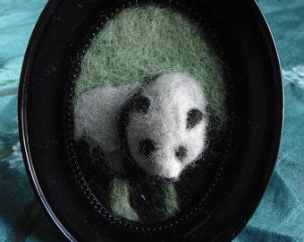 Panda - framed art / needle felted animal / bas relief / sculpture / wool painting / felt / needlefelt / decoration / ニードルフェルト / 针刺 / 动物