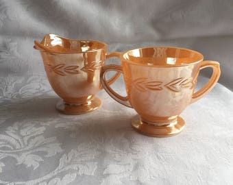 Vintage Set of sugar bowl and creamer - Fire King, fair condition
