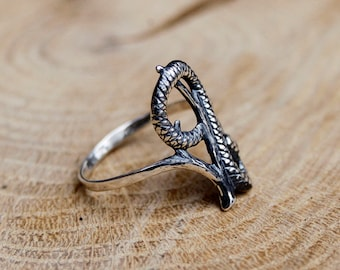 Snake silver ring. Silver ring.  Sterling silver 925. Unique ring. Unisex ring. Silver jewerly. Ethnic. Snake jewelry. Gift with meaning.