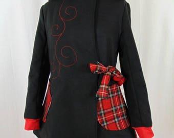 Sadako coat black and scottish with fairy hood