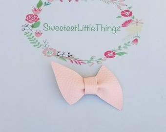 Ballerina pink, faux leather baby bow