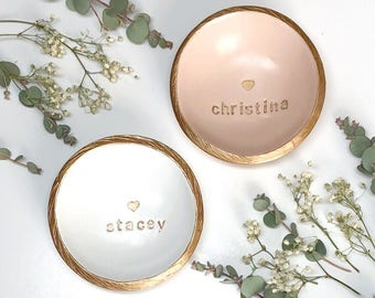 Personalized Ring Dish / Personalized Name and Heart Jewelry Dish / Personalized Jewelry Dish / Gifts for Her /Bridesmaids Gift