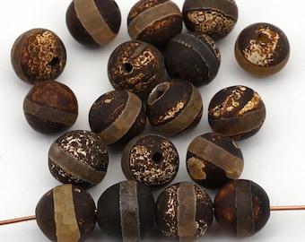 18 pcs Tibetan agate beads, round matte eye semiprecious 10mm