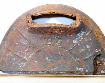 Unique Rusty Metal Farmhouse Decor, Cast Iron Barn Find, Found Object, Home Decor Conversation Piece, Antique Pot Belly Stove Top