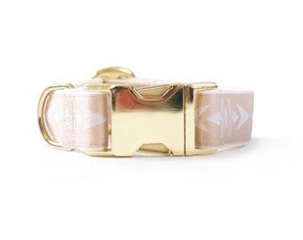 "Light Brown Adjustable 1"" wide dog collar: Arrowhead Print"