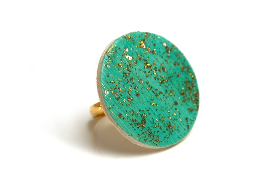 Wooden ring and minimalist brass turquoise and gold, painted by hand, adjustable waist