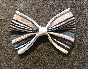 Striped ribbon bow