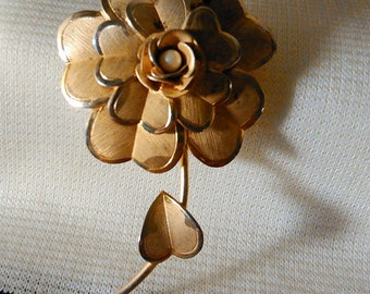 Vintage Flower Brooch Gold Brooch