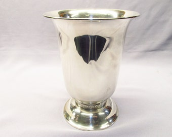 Beautiful Towle Sterling flared vase