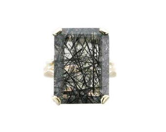 Rutilated Quartz Ring in 10 Karat Yellow Gold from the 1950's