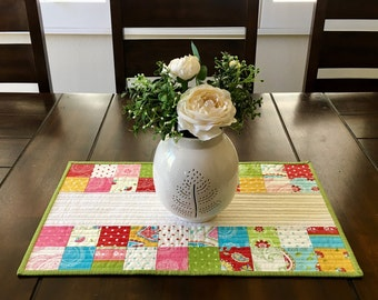 Quilted Table Runner, Modern Table Runner, Spring Table Runner, Summer Table Runner, Patchwork Table Runner, Home Decor