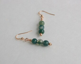 Green Moss Agate and Rose Gold Pearl Drop Earrings // Green Dangle Earrings Natural Stone Jewelry with Rose Gold Pearl Accent