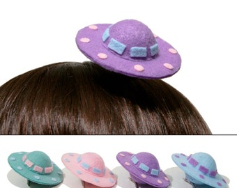 Kawaii-Fi Mini Pastel UFO Space Ship Hair Clips