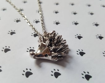 Hedgehog necklace, Hedgehog pendant, Pendant necklace, Animal jewellery, Hedgehog, Nature, Animal, Animal lover gift, Nature lover gift
