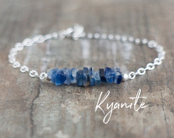 Chakra Bracelet, Raw Kyanite Bracelet, Gift for Women, Gift for Friend, Blue Kyanite Jewelry, Healing Crystal Bracelet, Gemstone Jewelry