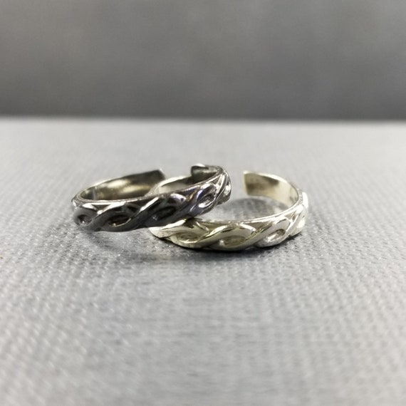 Twisted Sterling SIlver Toe Ring Body Jewelry Silver Midi Ring Sterling Knuckle Ring Handmade Body Jewelry