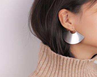 Half Moon Earrings - Fan Earrings - Minimalist Earrings - Hoop Fan Earrings