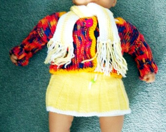 """Beautifull Hand Knitted Dolls Clothes to fit 21"""" Doll."""