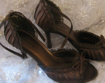 Delicious High Heels SIZE 7 1/2