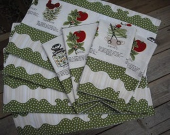 Set of 4 herb napkins and placemats. Machine embroidered.