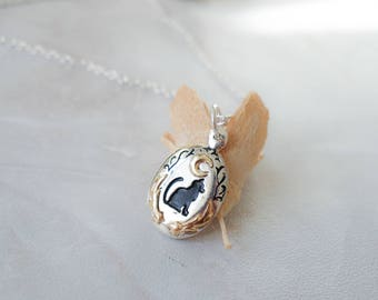 Delicate oval cat pendant necklace shooting star crescent paw silver gold tone necklace jewellery gift