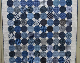 Modern blue on cream snowball single bed quilt / lap quilt / throw