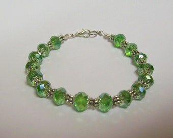 7 1/2 inch Dressy Bracelet ....  Green and Silver ... Fancy, Dressy, lovely bracelet