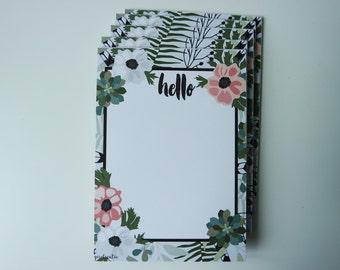 1 pad of paper / memo pad / Notepad HELLO