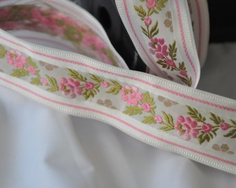 CLEARANCE SALE  50 discount   inspired, romantic, Satin Floral Jacquard Ribbon Trim with Pink Flowers 10,90 yards